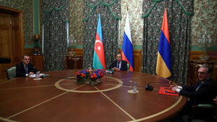 2020-10-09T141828Z_476737555_RC22FJ946YDF_RTRMADP_3_ARMENIA-AZERBAIJAN