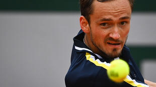 Le Russe Daniil Medvedev face à l'Américain Reilly Opelka au 3e tour de Roland-Garros, le 4 juin 2021