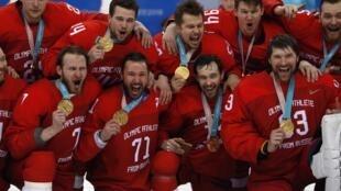 Российские хоккеисты выиграли золото на Олимпиаде в Пхенчхане, одержав верх над сборной Германии