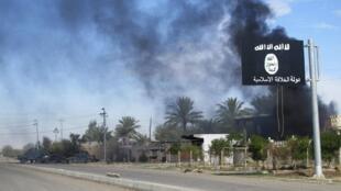 Иракский город Саадия, отбитый у группировки «Исламское государство», после бомбардировки 24/11/2014 (архив)