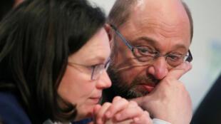 Martin Schulz y Andrea Nahles en un congreso del SPD en Bonn, el 21 de enero de 2018.