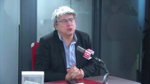 Éric Coquerel sur RFI le 9 mars 2020.
