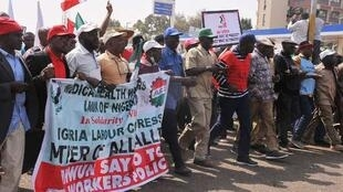 NLC-1-protests-over-sack-of-civil-servants-in-Kaduna