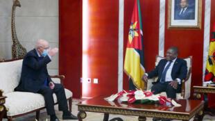 Augusto Santos Silva, ministro dos Negócios Estrangeiros de Portugal, e Filipe Nyusi, Presidente de Moçambique.