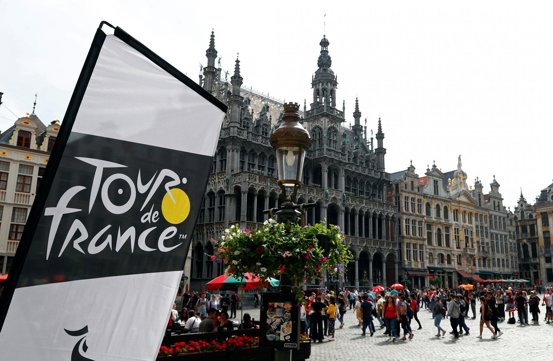 Bruselas cuenta las horas para albergar el arranque de la edición 2019 del Tour de Francia. La capital belga se engalana para recibir a los participantes de la Grand Boucle que tomaran su salida el sabado 6 de Julio de 2019.