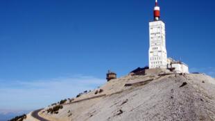 El Monte Ventoux, leyenda del Tour de Francia.