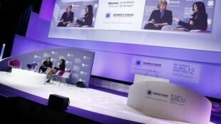 Viviane Reding, vice-presidente da Comissão Europeia (esq.), participou do Women's Forum nesta quinta-feira.