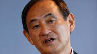 Yoshihide Suga, wanda ya shirya tsaf don darewa kujerar Firaministan Japan kwanan nan.