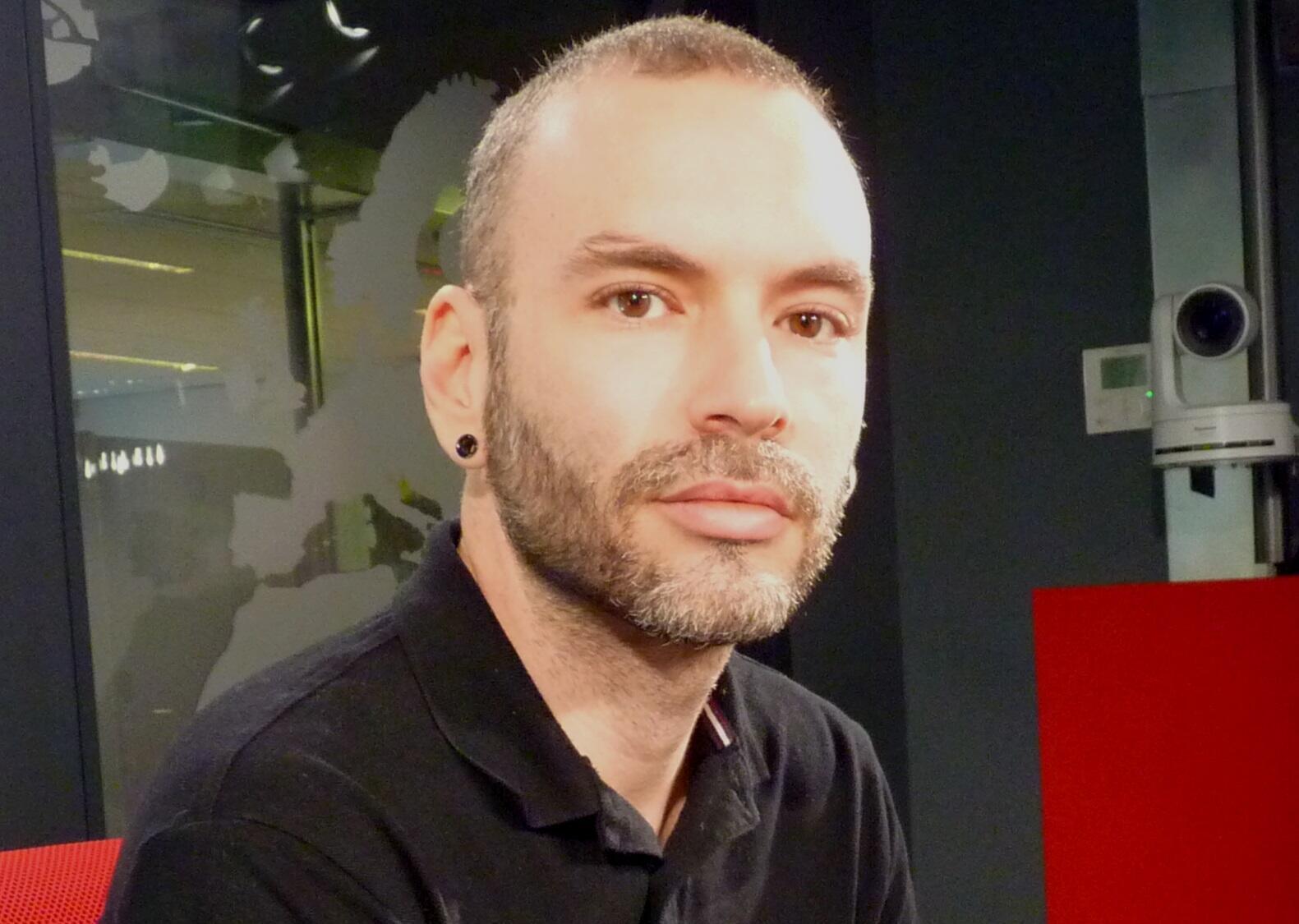 El artista venezolano Cristóbal Ochoa en RFI