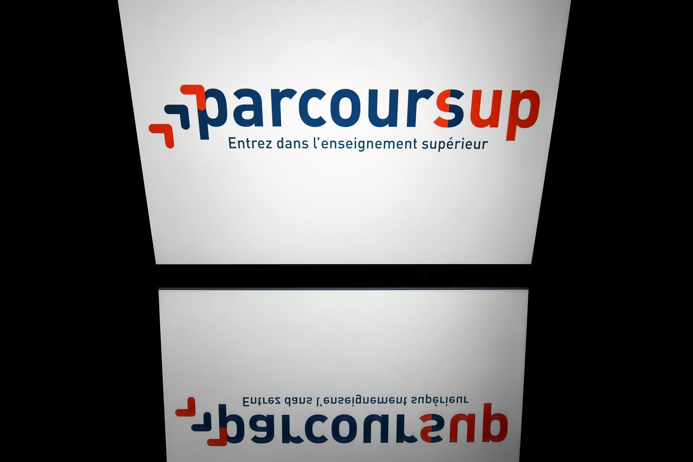 La nouvelle plateforme du gouvernement pour l'affectation des futurs bacheliers français connaît son lot de bugs.