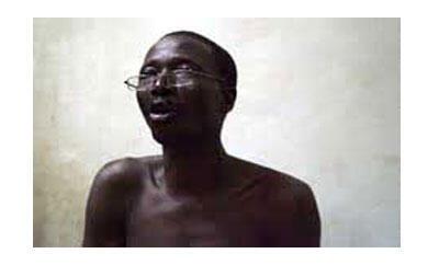 L'artiste et écrivain malien Sirafily Diango, en répétition.