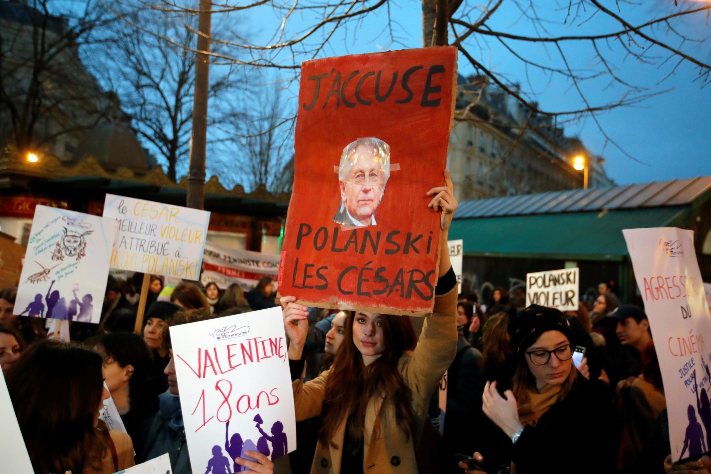 Biểu tình phản đối ông Roman Polanski tại Paris ngày 28/02/2020.
