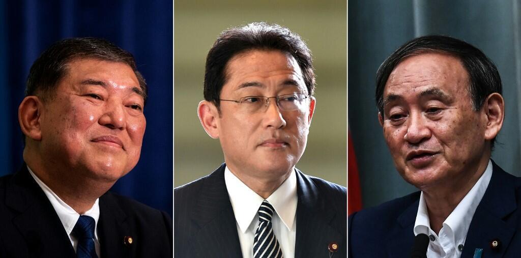 Shigeru Ishiba (gauche), Fumio Kishida (centre) et Yoshihide Suga (droite) sont les 3 candidats à la succession de Shinzo Abe.