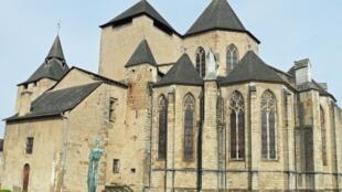 Олоронский собор с 1998 года входит в список Всемирного наследия ЮНЕСКО