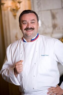 Андрей Махов