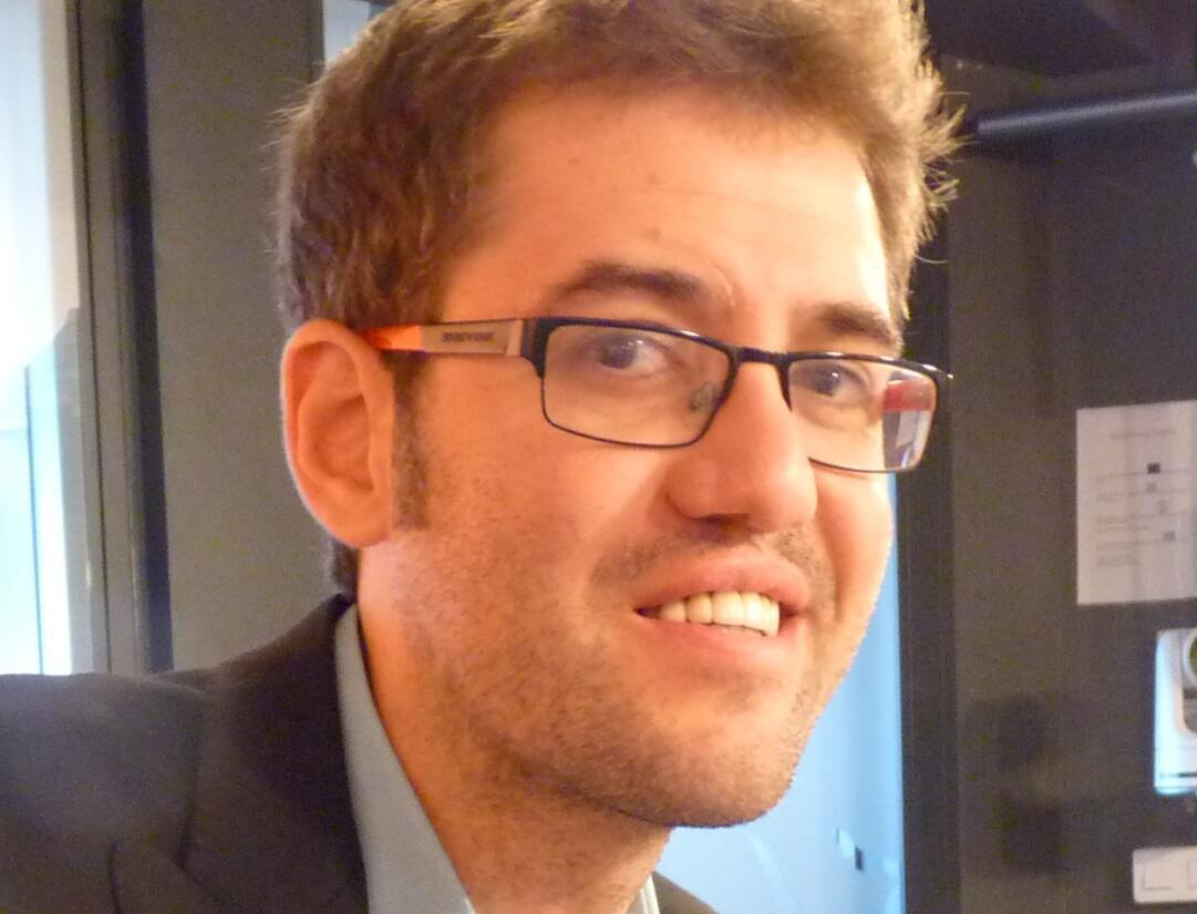 Jordi Mayoral en los estudios de RFI