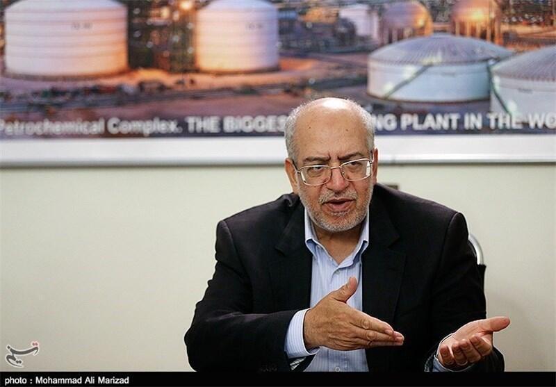 محمد رضا نعمت زاده، وزیر صنعت، معدن و تجارت ایران.