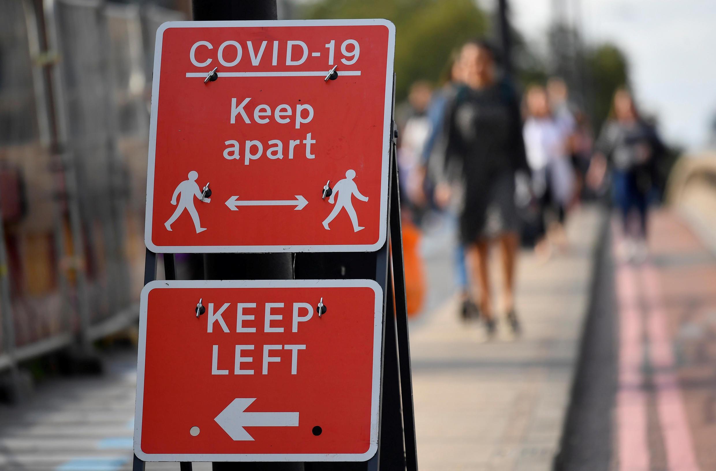 Boris Johnson anuncia un reconfinamiento en Reino Unido donde han muerto 46.500 personas por Covid-19 desde el inicio del pandemia. Foto tomada el 20 de octubre de 2020 en Londres.