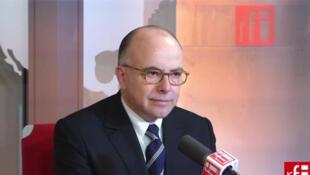 Bernard Cazeneuve, ministre délégué auprès du ministre de l'Economie et des finances, chargé du Budget.