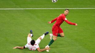 3月25日B組賽,葡萄牙對陣伊朗,C羅錯失點球,雙方踢成1平。