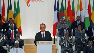 French President François Hollande addresses the France-Africa summit in Bamako