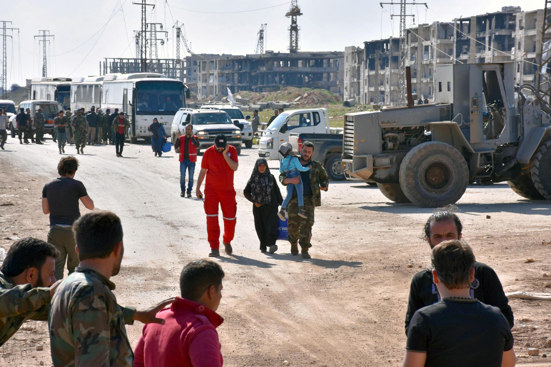 Người dân ở Foua et Kefraya được chính quyền Syria di tản ngày 19/04/2017.
