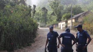 Un jeune militaire a été arrêté pour le meurtre de onze personnes dans un centre de l'armée.