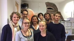 Claire Nouviant (à gauche) accompagnée de l'équipe de Bloom.