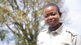 Aujourd'hui, d'autres Tanzaniennes ont emboîté le pas d'Aziza.  Elles sont aujourd'hui moins d'une dizaine de femmes, près d'un millier de guides.