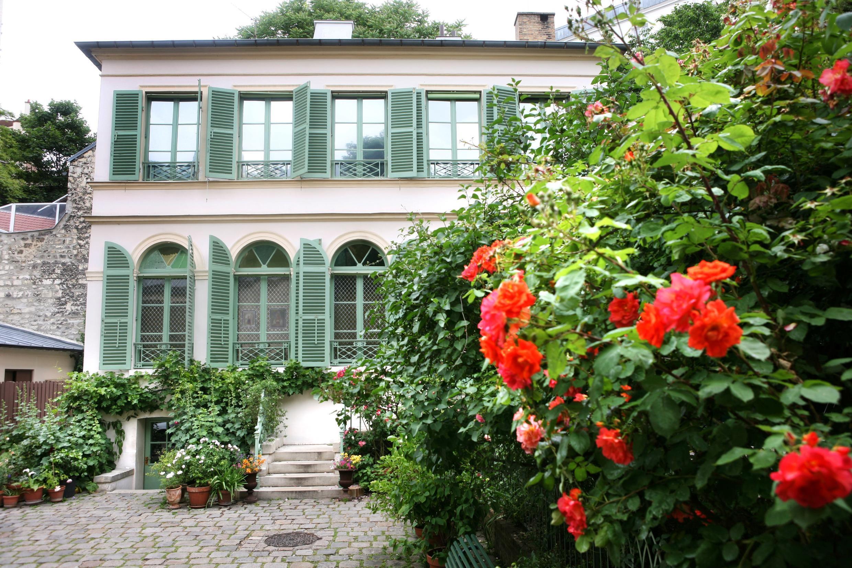 «Musée de la Vie Romantique» situé dans le 9ème arrondissement de Paris.