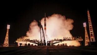 Phi thuyền Soyuz TMA-17M đưa trạm không gian (ISS) chở các phi hành gia Mỹ, Nga, Nhật phóng đi từ sân bay vũ trụ Baikonur, Kazakhstan, 23/07/2015.