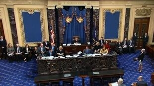Chánh án Tòa Án Tối Cao Mỹ John Roberts chủ trì phiên xử đầu tiên tại Thượng Viện trong vụ phế truất tổng thống Donald Trump, Washington DC, ngày 16/01/2020.