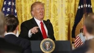 Donald Trump durante entrevista coletiva na Casa Branca