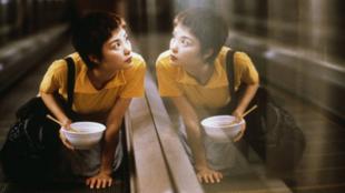 電影《重慶森林》王菲在劇照中所搭乘的中環行人電梯,成為活現香港活動中的景點。