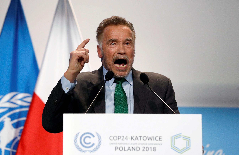 El exgobernador de california y actor Arnold Schwarzenegger habla durante la COP24 en Katowice, Polonia, el 3 de diciembre de 2018.