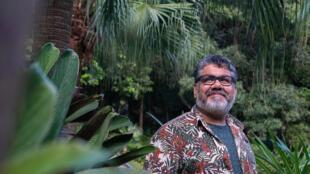 O escritor Samir Machado de Machado