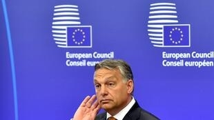 O primeiro-ministro húngaro Viktor Orbán é alvo de críticas.