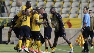 AEL Limassol festeja a vitória frente ao Anderlecht.