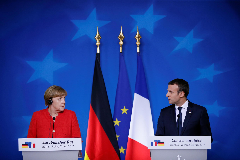 德國總理默克爾與法國總統馬克龍聯合舉行新聞發布會