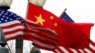 美方驱逐中方人员,中方指责严重违背事实。
