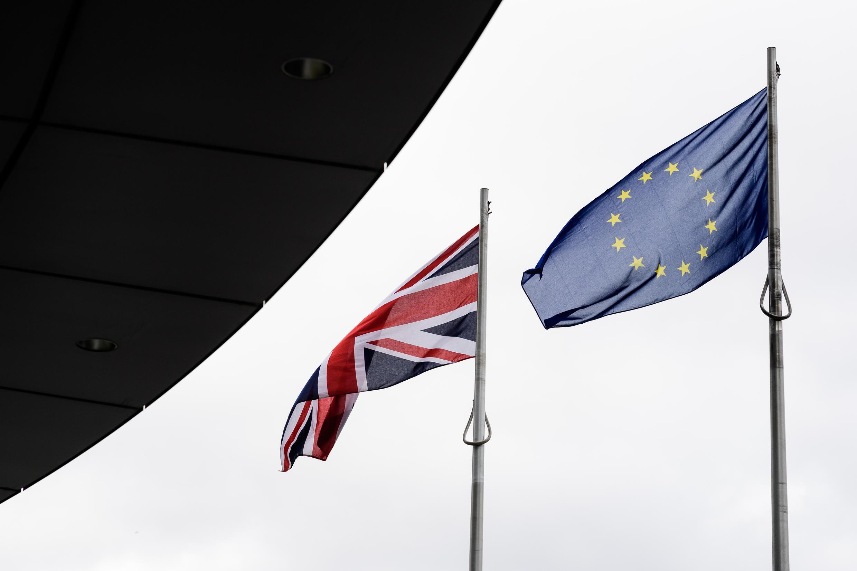 A bandeira da União Europeia na frente do City Hall, em Londres