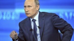Vladimir Poutine a surtout annoncé qu'il gardait le cap sur la politique mise en œuvre depuis le début de la crise. De nouvelles mesures de relance sont donc à l'étude.