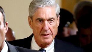 Công tố viên đặc biệt Robert Mueller sau khi điều trần trước Thượng Viện về cuộc điều tra liên quan đến Nga. Ảnh chụp ngày 21/06/2017.