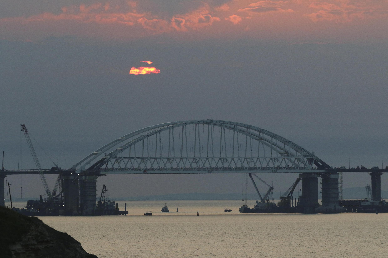 Евросоюз ввел санкции в отношении компаний, строивших Крымский мост
