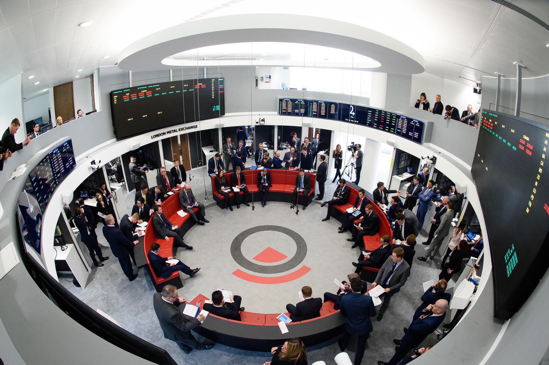 La salle des marchés de la nouvelle London Metal Exchange (LME), ouverte dans le centre de Londres, le 18 février 2016.