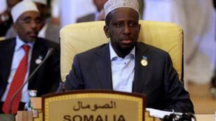 Le président de Somalie Sharif Cheikh Ahmed, a échappé une embuscade des islamistes shebabs près de Mogadiscio, le 29 mai 2012.