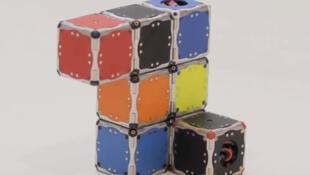 Les M-Blocks s'adaptent en permanence à l'environnement en fonction de la tâche à accomplir.