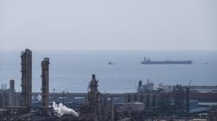 Cảnh một đơn vị khí đốt tại cảng Asalouyeh, Iran, phía bắc Vịnh Ba Tư. Ảnh 19/11/2015.