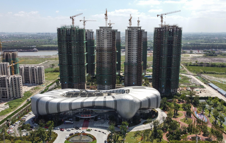 La Ciudad de Turismo Cultural Evergrande en la ciudad china de Taicang, en construcción el 17 de septiembre de 2021