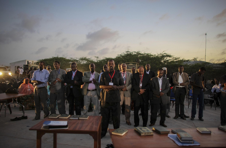 'Yan Majalisar somalia suna Sallah bayan rantsar da su